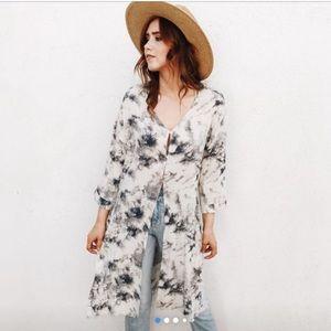 CJLA • ivory / cream & blue tie dye kimono